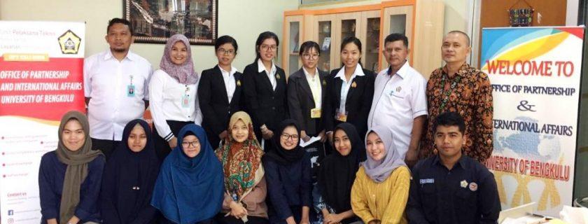 Mahasiswa University of Battambang Cambodia Kuliah Satu Semester di UNIB
